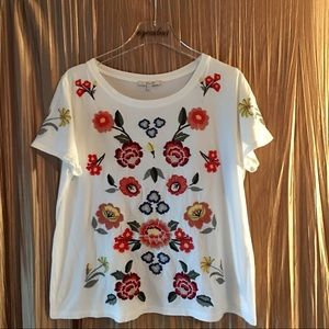 Miss Me Floral Embroidered T Shirt Size Large